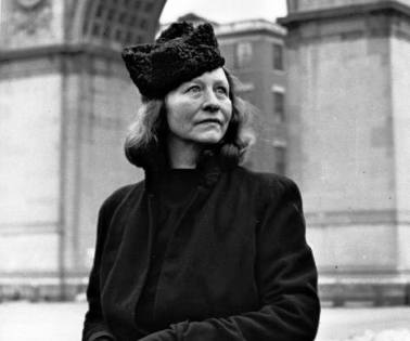 edna st vincent millay essay Spring by: edna st vincent millay (1892-1950) to what purpose, april, do you return again beauty is not enough you can no longer quiet me with the redness.